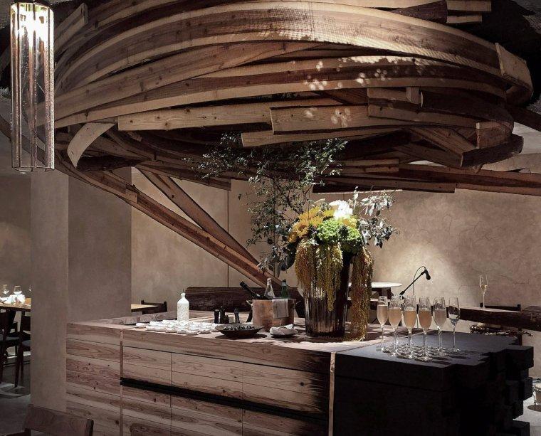 """台北雪松木板""""漩涡""""餐厅室内实景图2"""