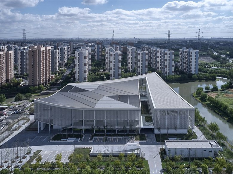 国家级体育场机电工程施工方案_1