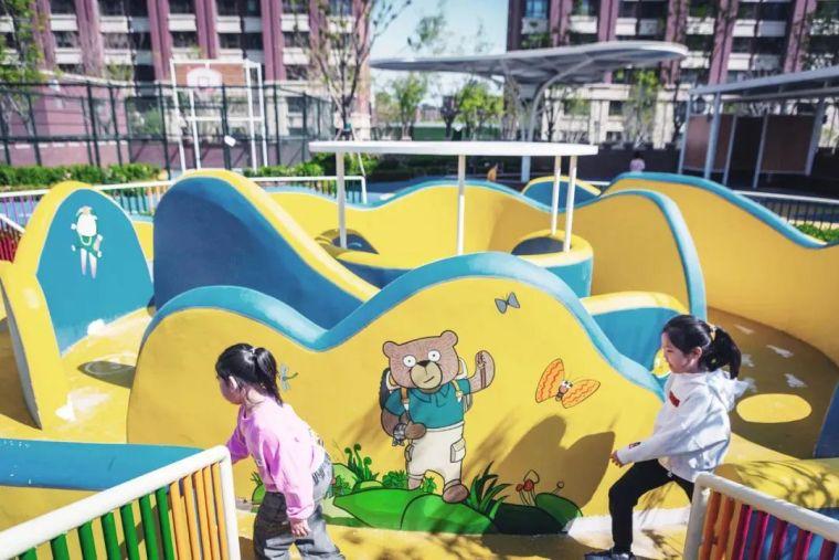 大区里的儿童乐园,谁不想穿越回童年_19