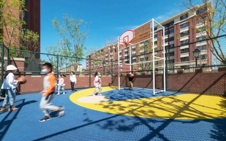 大区里的儿童乐园,谁不想穿越回童年_24