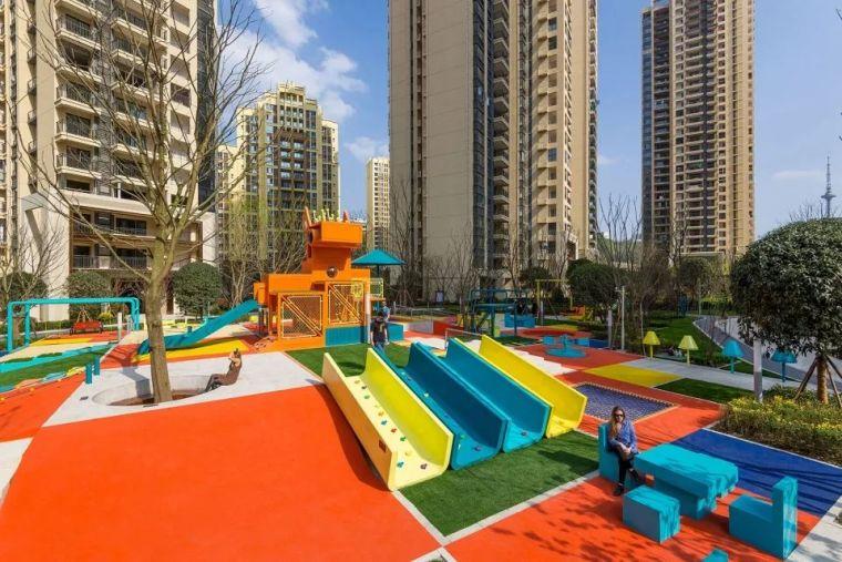 大区里的儿童乐园,谁不想穿越回童年_37