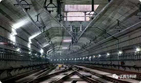 地铁接触网施工技术 关节式刚柔过渡_1