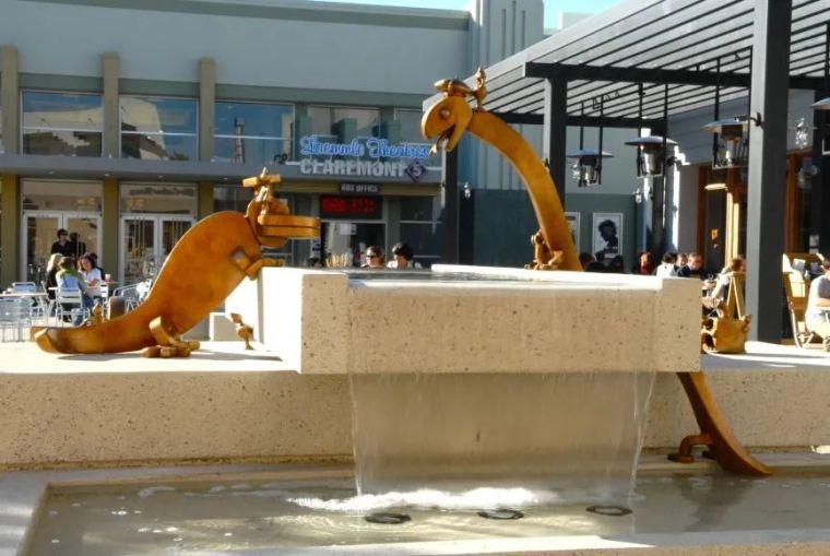 他设计的雕塑受全世界欢迎,却件件引人深思_58