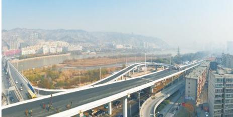 调整支座偏心改善曲线梁桥受力的平衡设计_2