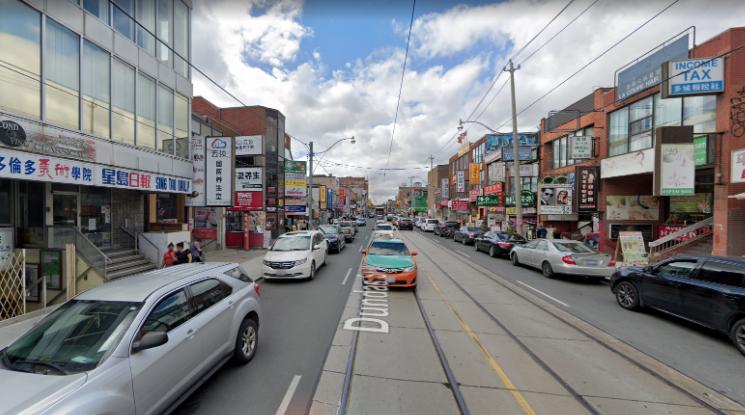 北美大城市唐人街的死与生:多伦多篇_5
