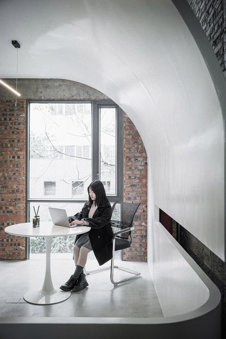 重庆老厂房办公室改造_5