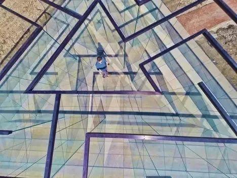 放开想象,迷宫的表演很精彩!_43