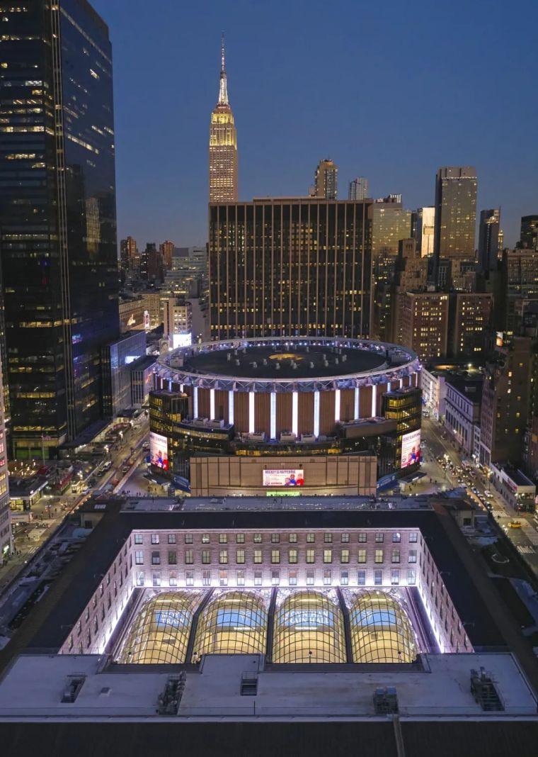 纽约莫伊尼汉车站列车大厅正式投入运营_2