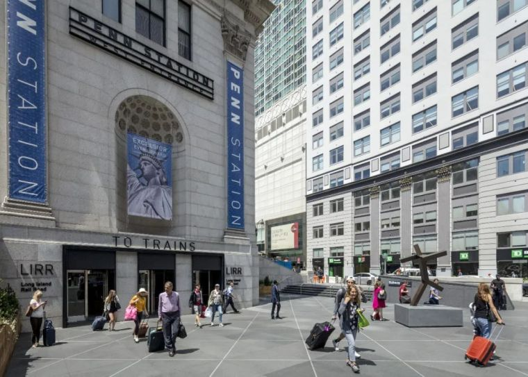 纽约莫伊尼汉车站列车大厅正式投入运营_4