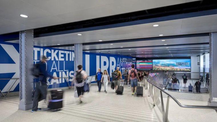 纽约莫伊尼汉车站列车大厅正式投入运营_13