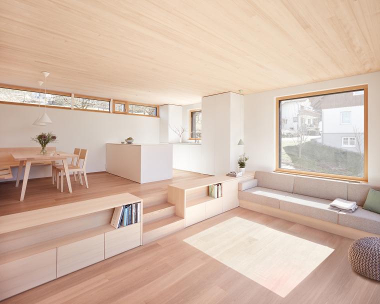奥地利山坡上的复式住宅_6