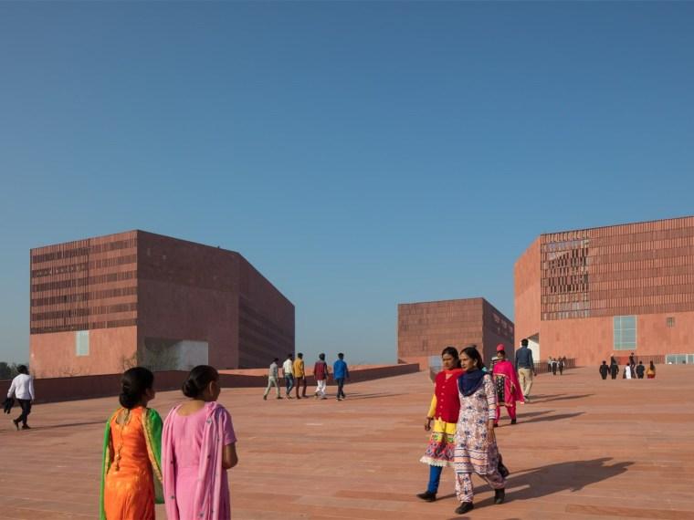 印度Thapar大学学习实验室