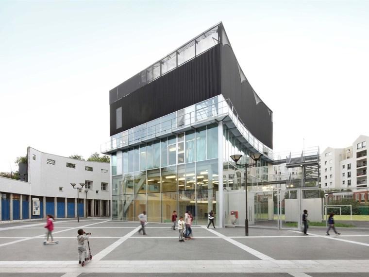 巴黎文化体育中心