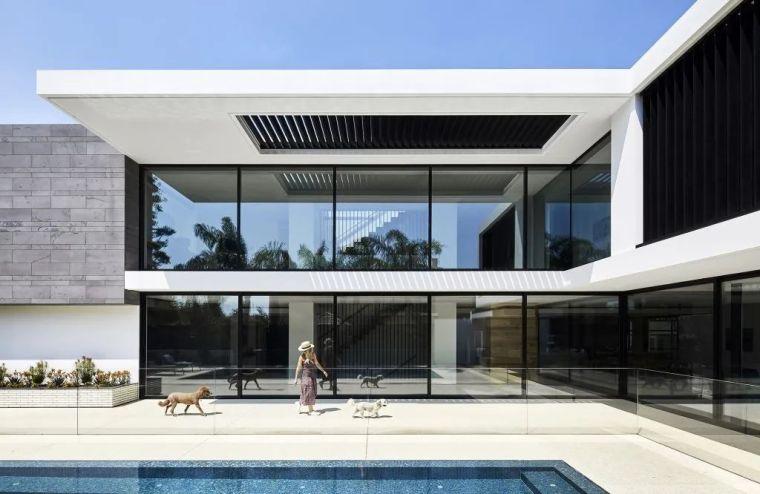超开放设计+无边泳池,极简别墅真是绝了!_28