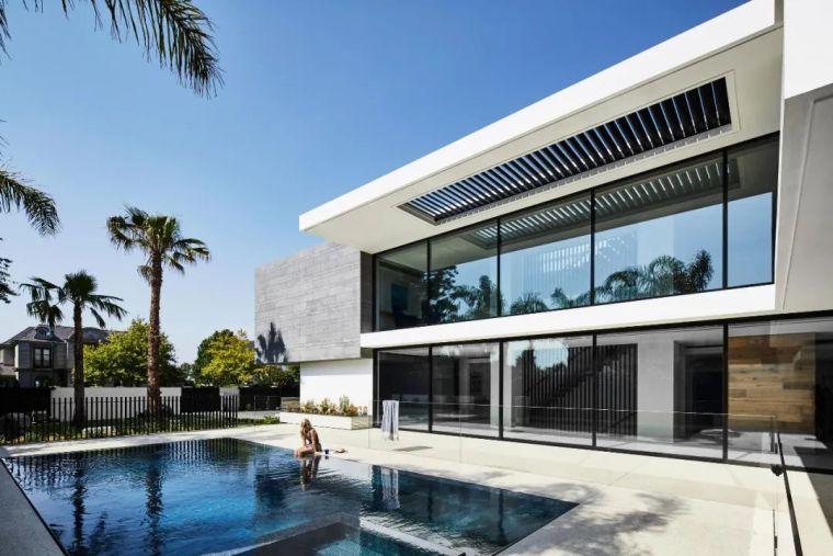 超开放设计+无边泳池,极简别墅真是绝了!_26