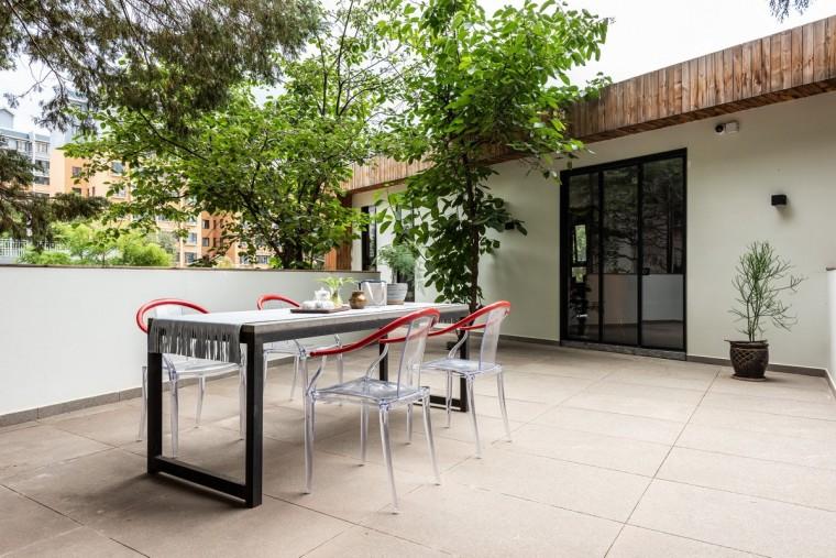 长空创作办公楼:农耕自然般的静谧与优雅_13