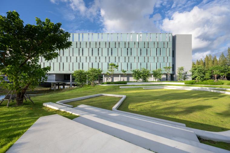 泰国IRPC创新中心_3