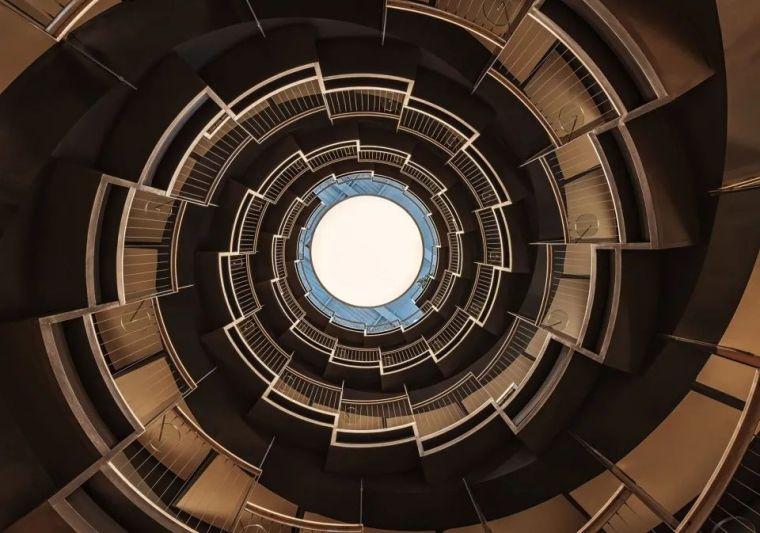 干货:旋转楼梯该怎么设计?_3