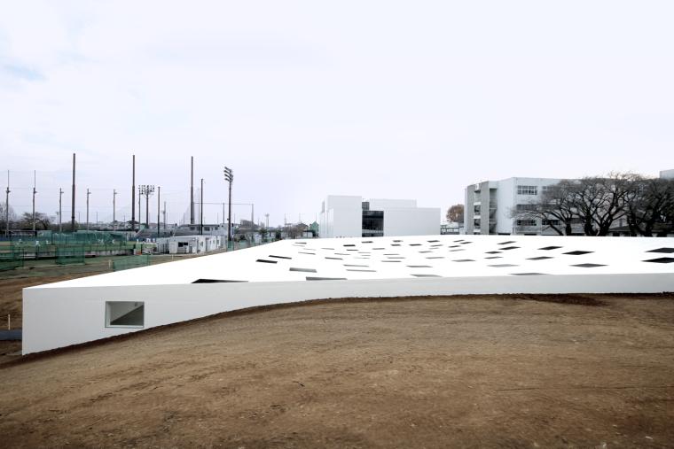 日本神奈川工业大学广场_3