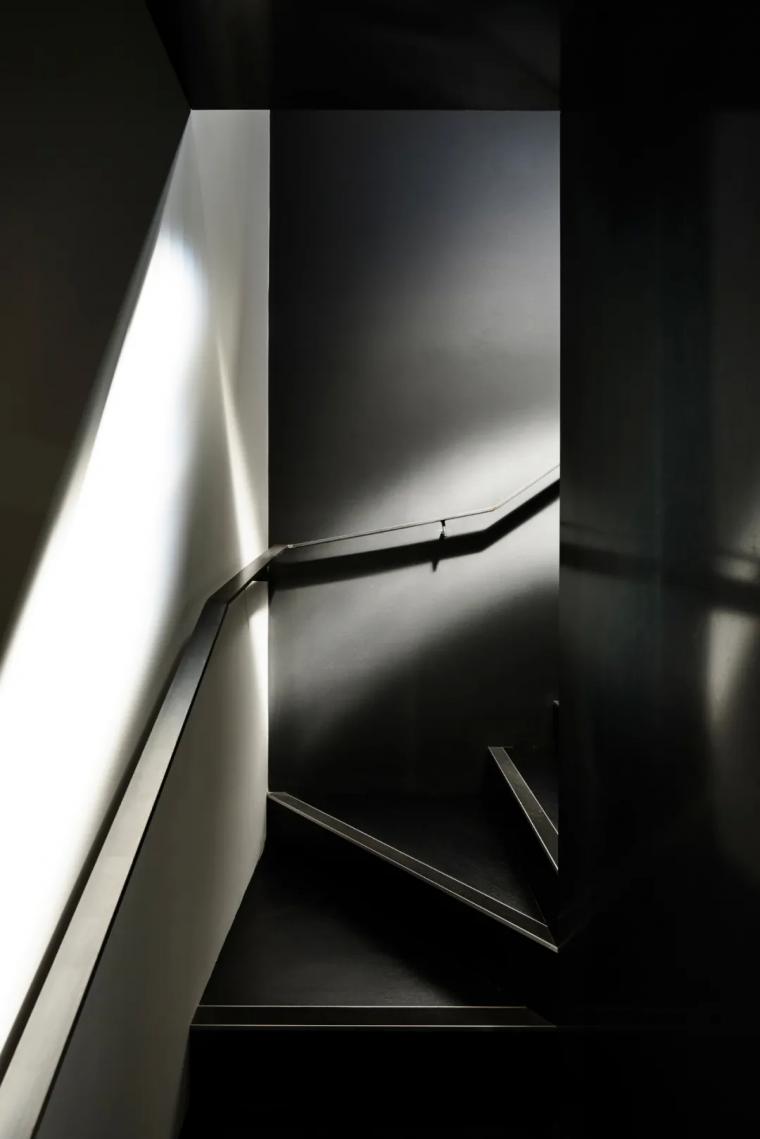 干货:旋转楼梯该怎么设计?_15