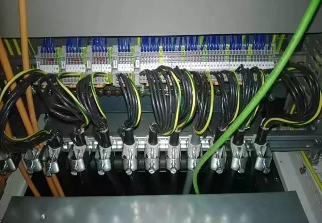 电气柜成套安装实例图解,值得收藏!_12