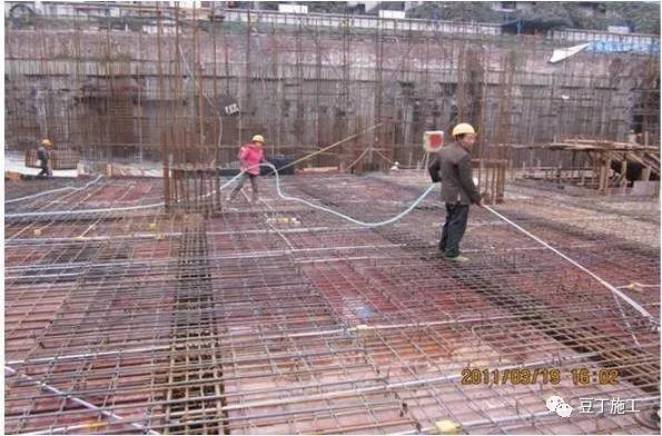 模板、混凝土施工操作要点,工程质量不发愁_26