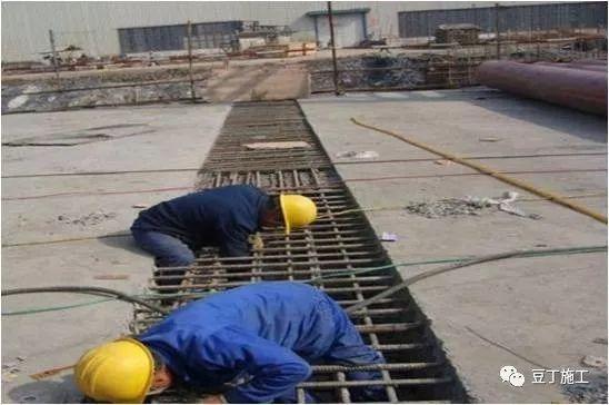 模板、混凝土施工操作要点,工程质量不发愁_46
