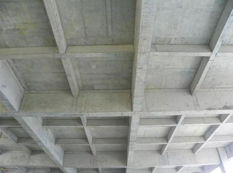 [广州]45层框剪结构混凝土施工方案(46P)_1