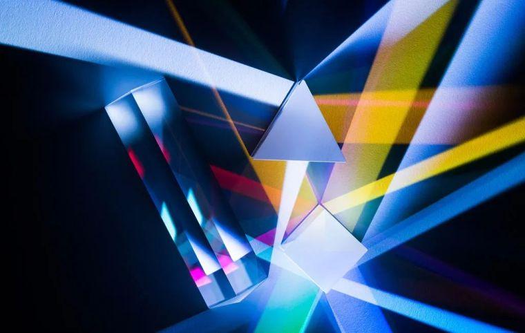 什么是炫彩玻璃?_3