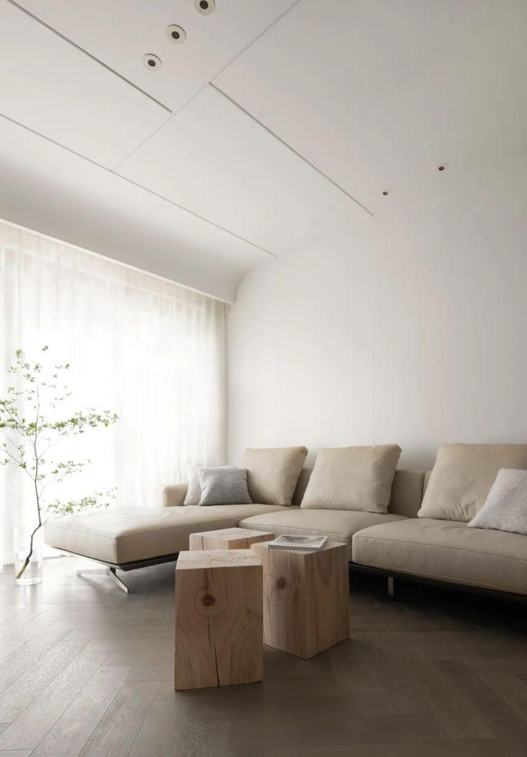 石材、木质与金属,克制平衡的极简空间_4