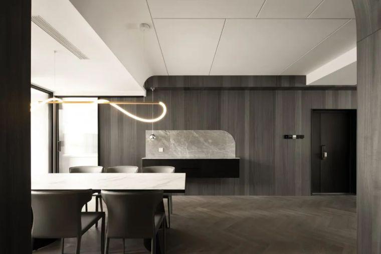 石材、木质与金属,克制平衡的极简空间_8