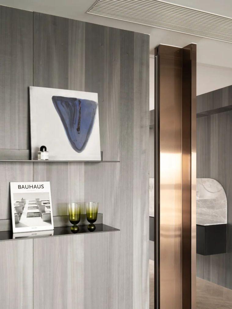 石材、木质与金属,克制平衡的极简空间_6