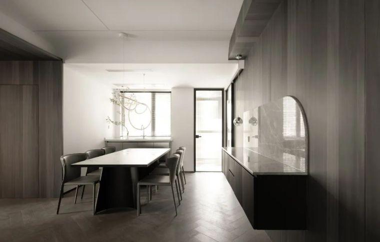 石材、木质与金属,克制平衡的极简空间_9