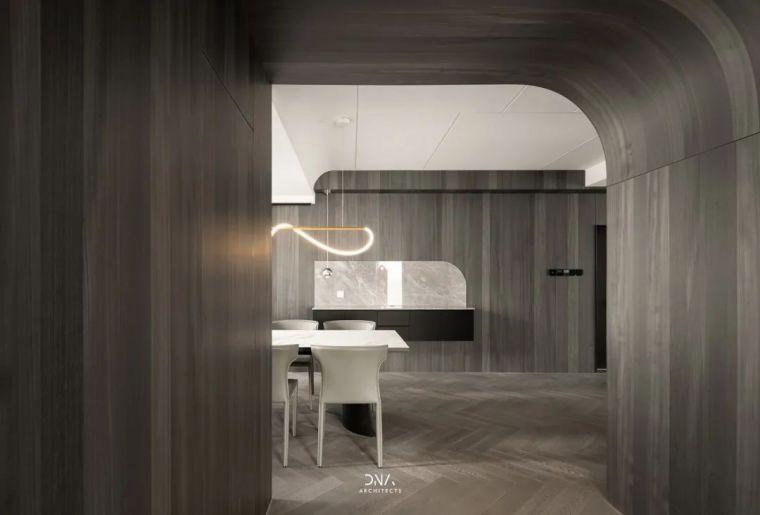 石材、木质与金属,克制平衡的极简空间_12