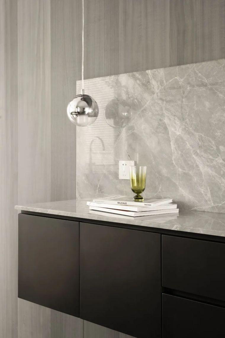 石材、木质与金属,克制平衡的极简空间_16