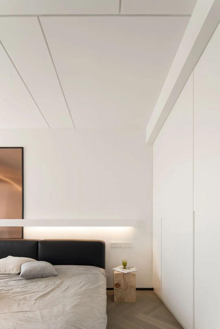 石材、木质与金属,克制平衡的极简空间_21