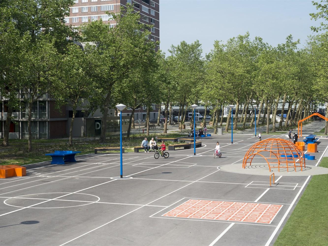 荷兰Gridgrounds广场