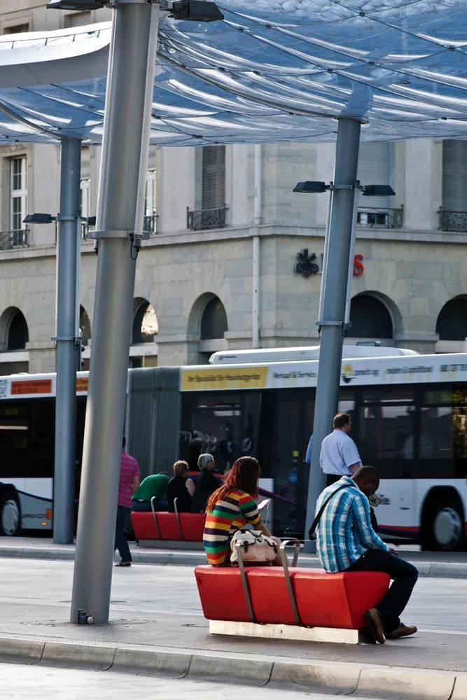 世界最美公交站,让等待也变得美妙_30