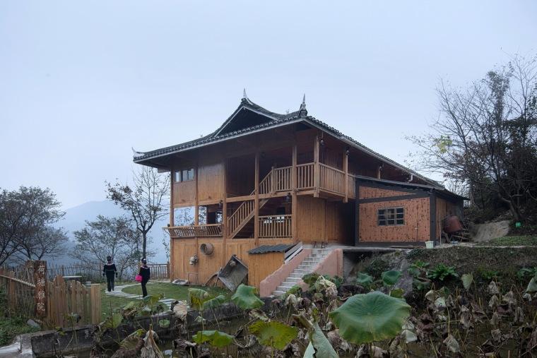 生长与对话:贵州龙塘精准扶贫设计实践-27 示范性改造成果 摄影:存在建筑-建筑摄影_调整大小.jpg