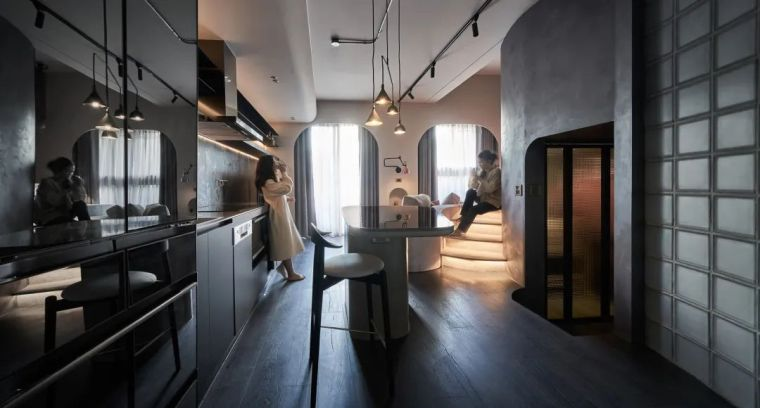 57㎡单人公寓,现代工业风错层空间_2