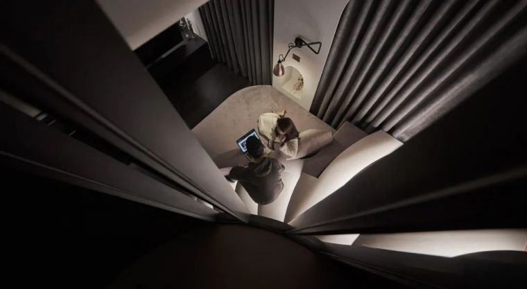 57㎡单人公寓,现代工业风错层空间_6