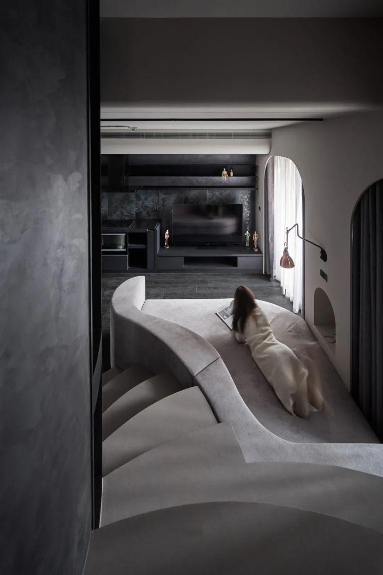 57㎡单人公寓,现代工业风错层空间_7