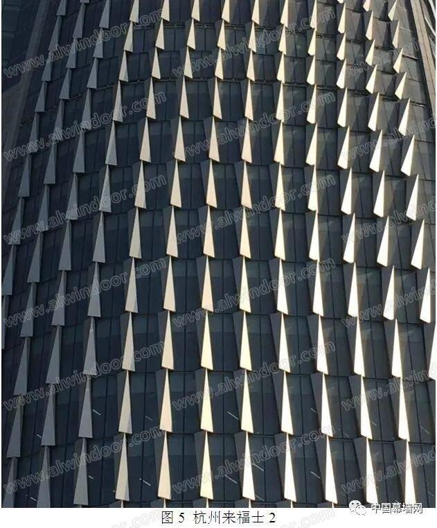 上海建筑幕墙的现状与发展_5