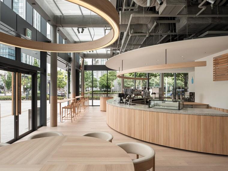 日本BlueBottle咖啡港未来店_1
