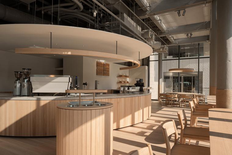 日本BlueBottle咖啡港未来店_4