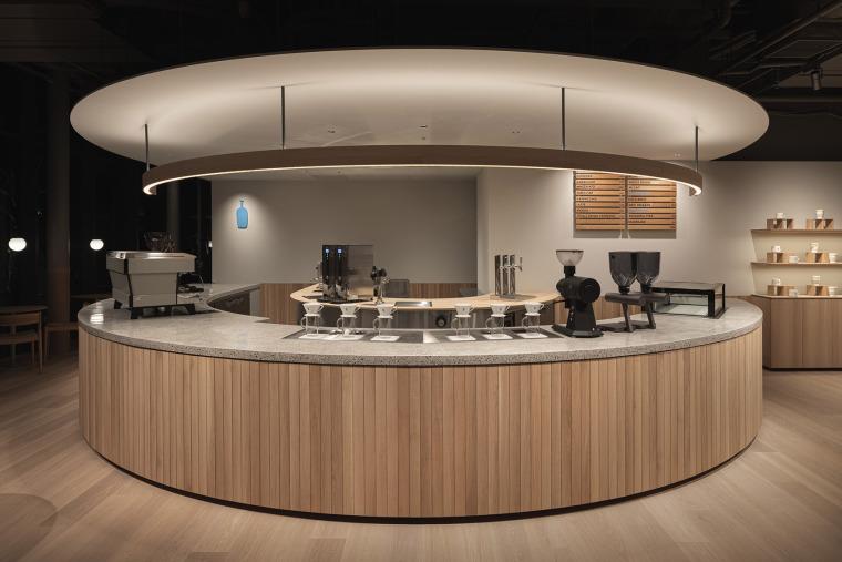 日本BlueBottle咖啡港未来店_18