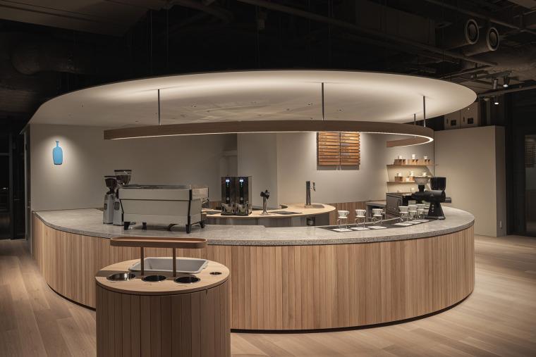 日本BlueBottle咖啡港未来店_17