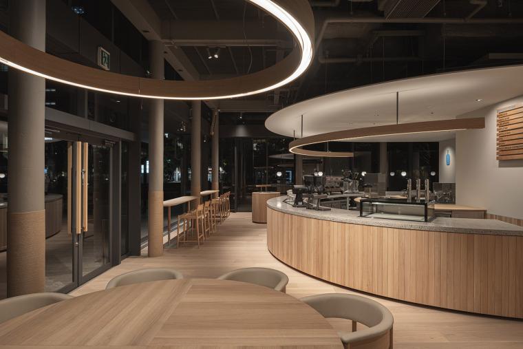 日本BlueBottle咖啡港未来店_19