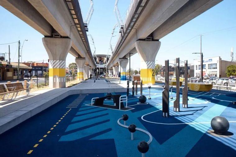 城市高架桥下,除了停车场还能干些什么_52