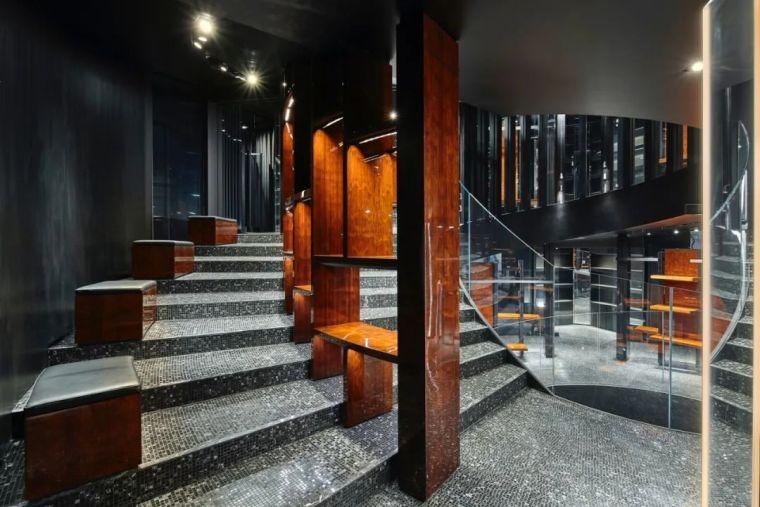 D&G首尔旗舰店,被包裹的'圆柱'_7